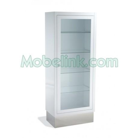 vitrina clínica con una puerta y con zócalo inox