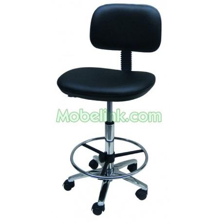 silla con ruedas base de aluminio aro de cromo y tapizado en negro